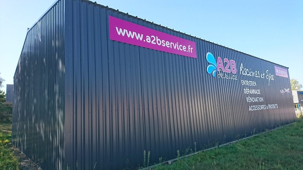 locaux A2B service Entretien, dépannage, rénovation, accessoires et produits piscine et spa toutes marques