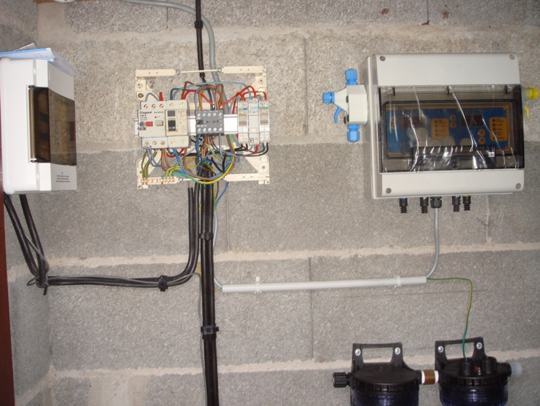 Raccordement électrique du système de filtration
